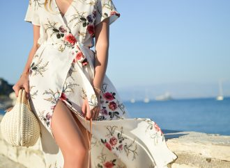 Tips To Consider Before Buying A Maxi Dress